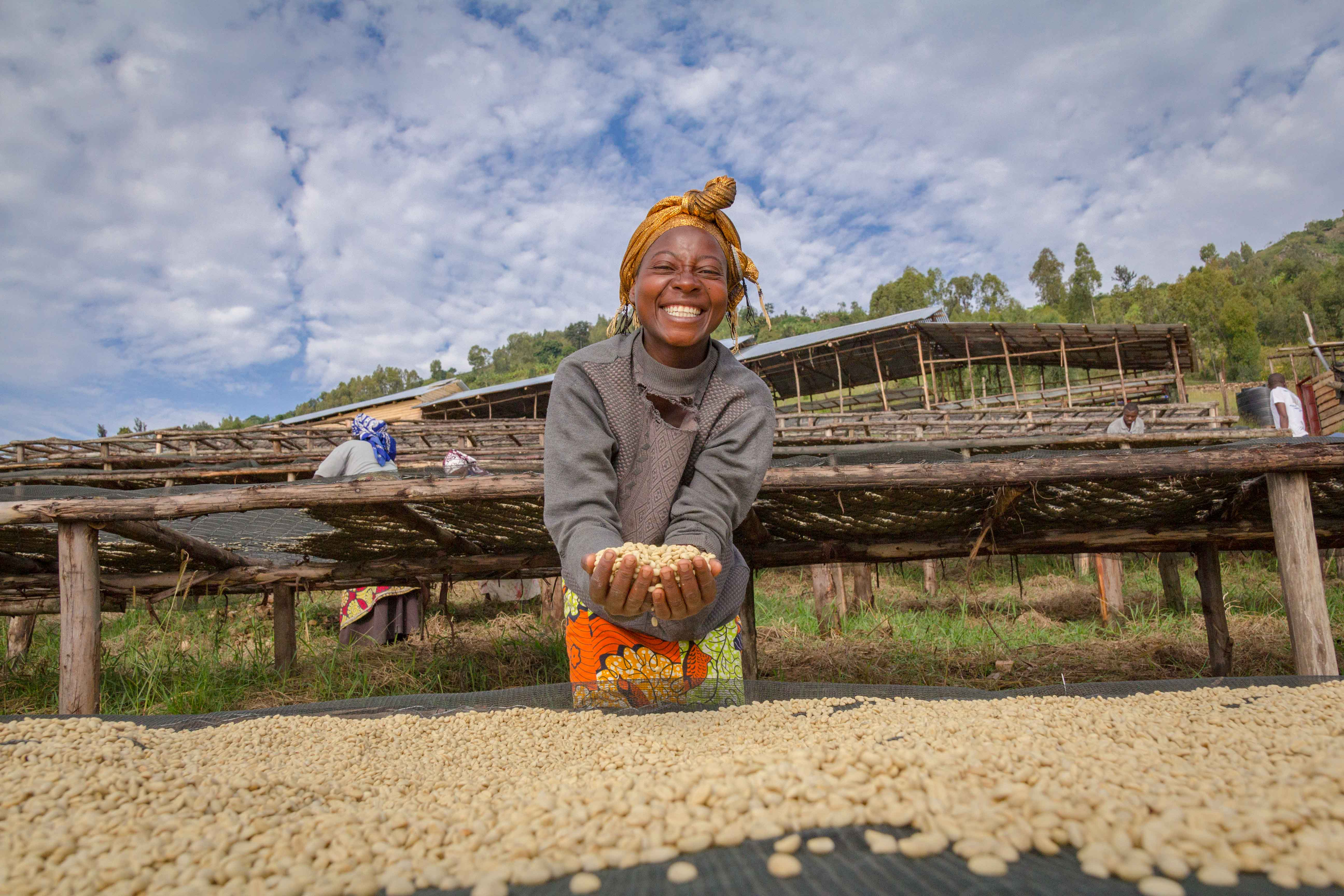 """Behind every cup of coffee there is a coffee grower that put her heart"""